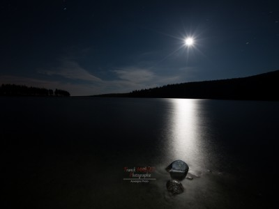 lac | servieres | night