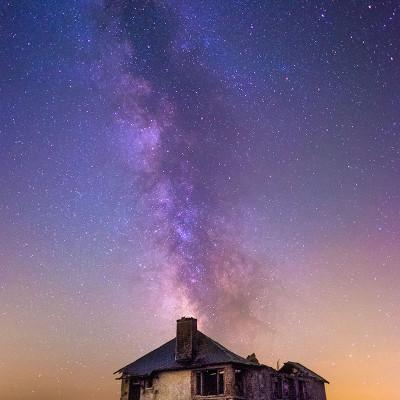 Ferme du puy May, entre la banne d'Ordanche et le lac du Guery ( Puy-De-Dome | 63 ) par une nuit étoilée